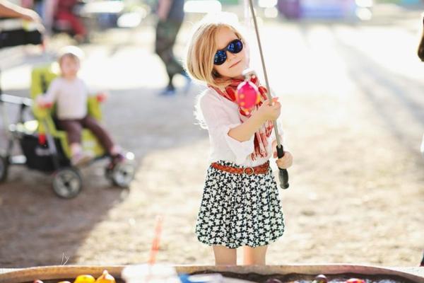 -kinder-sonnenbrille-kinder-sonnenbrillen-designer-modelle-sonnenbrillen-2014-modische-brillen-kindersonnenbrille