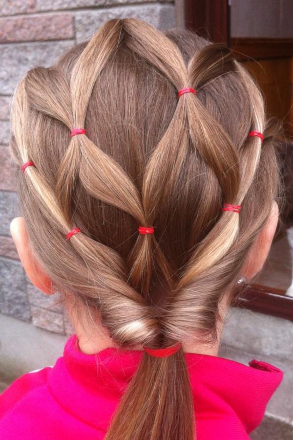 kinderfrisuren-für-mädchen-schöne-haare-helle-farbe