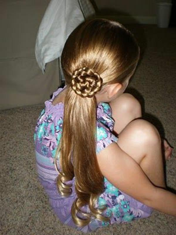 kinderfrisuren-für-mädchen-tolle-lange-haare