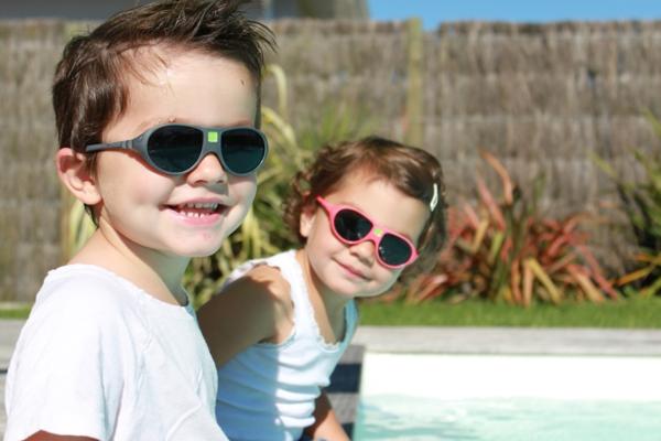 kindermode-kinder-sonnenbrille-designer-sonnenbrillen-coole-sonnenbrillen-kinder-sonnenbrillen-sunglasses-