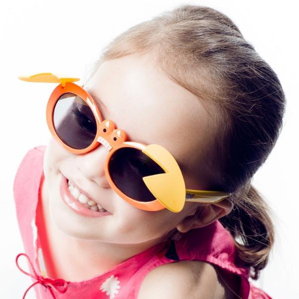 -kindermode-kinder-sonnenbrille-designer-sonnenbrillen-coole-sonnenbrillen-kinder-sonnenbrillen-sunglasses-