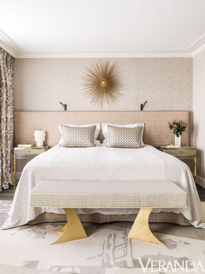 Schlafzimmer in Beige, helle Farben für optische Vergrößerung, Schlafzimmer gemütlich dekorieren