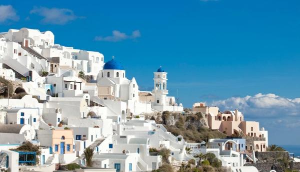 klene-Häuser-in-Santorini-Griechenland
