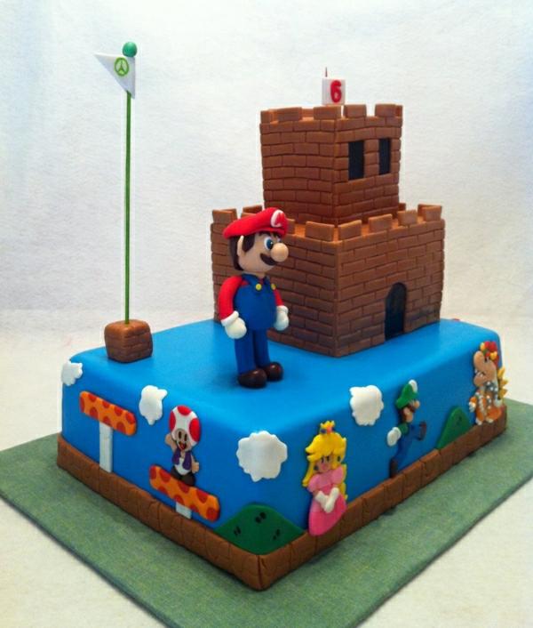 kreative--deko-geburtstagsparty-kinder-kindergeburtstag-torten-dekorieren-tolle-torten-online-bestellen