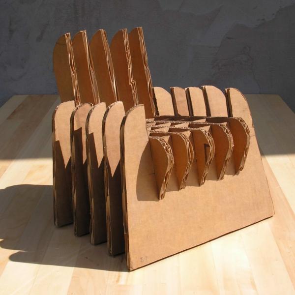 kreative-ideen-aus-karton-pappe-pappe-möbel-sofa-aus-pappe-