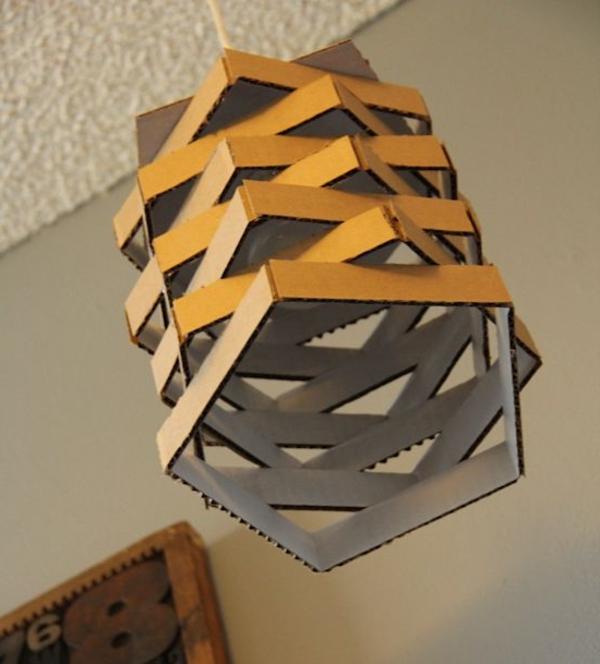 lampe-aus-karton-pappe-pappe-möbel-sofa-aus-pappe-