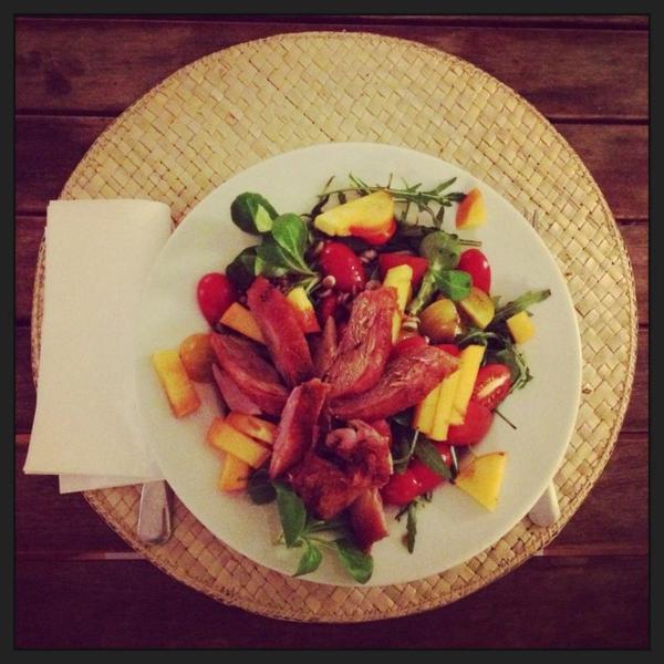 leckerer-Salad-mit-Kaki