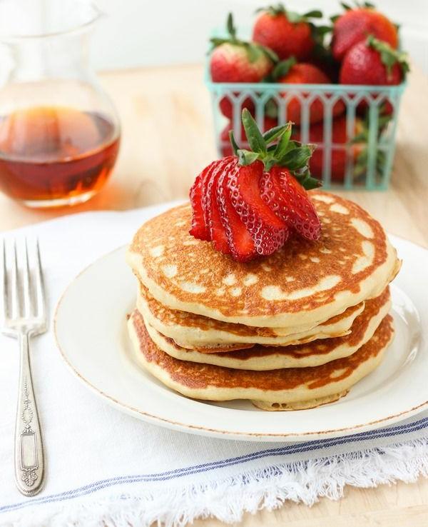 leckeres-frühstück-gesundes-frühstück-rezepte--erdbeeren
