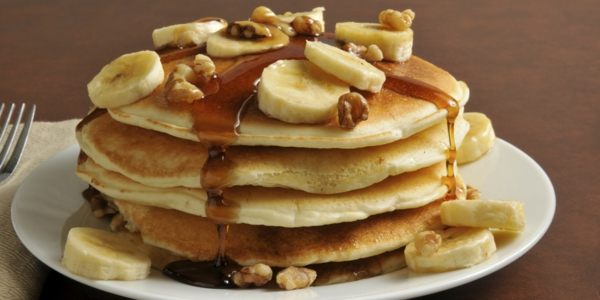 leckeres-frühstück-gesundes-frühstück-rezepte-gesunde-frühstücksideen-banene