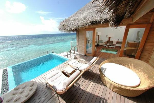 luxus-villas-urlaub-malediven-reisen- malediven-reise-ideen-für-reisen