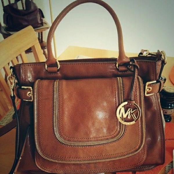 michael-kors-taschen-michael-kors-designer-taschen-michael-kors-handtaschen-braun-