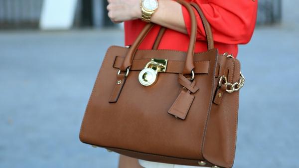 michael-kors-taschen-michael-kors-designer-taschen-michael-kors-handtaschen--braun