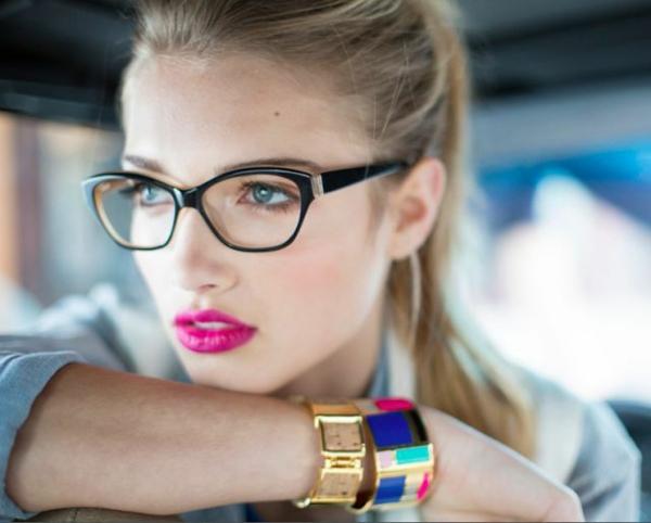 moderne-trendige-elegante-modelle-designer-brillen-