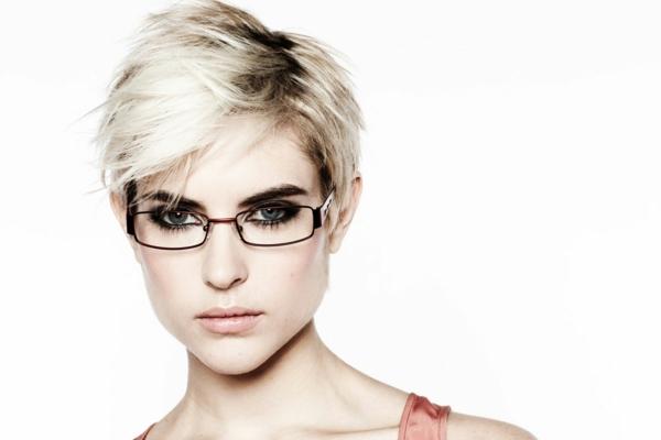 moderne-trendige-elegante-modelle-designer-brillen-brillengestell