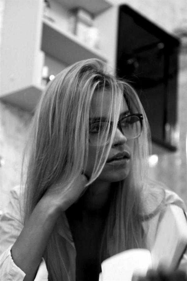 -moderne-trendige-elegante-modelle-designer-brillen