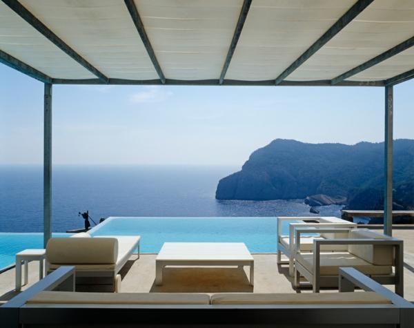 modernistisches-Hotelzimmer-in-Ibiza-resized