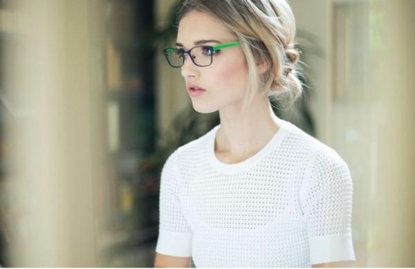 modische-brillen-trendige--brille-günstig-brille-putzen