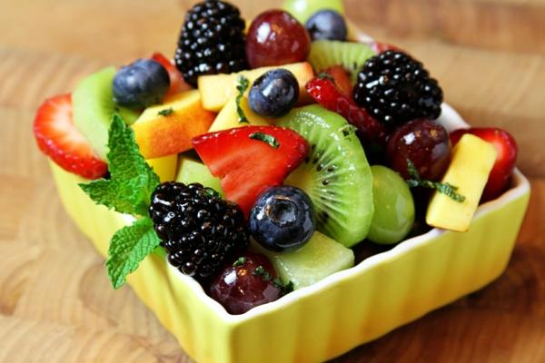 obstsalat-rezept-obstsalat-obstsalat-dressing-obstsalat-kalorien-tolle-gestaltung
