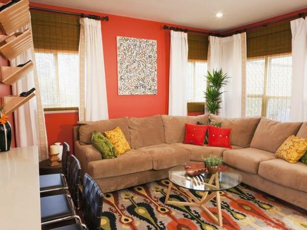 orange-wohnzimmer-design-schöne-dekokissen