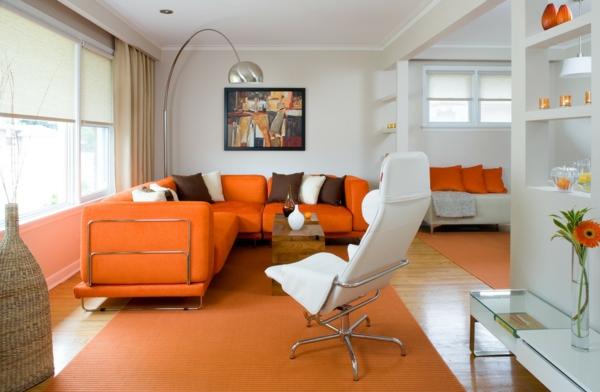 design wohnzimmer wände:orange-wohnzimmer-design-weiße-wände-cooles-aussehen