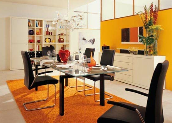 originelle-esszimmer-deko-orange-teppich