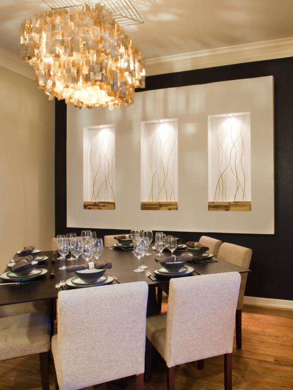 originelle-esszimmer-deko-super-elegante-weiße-stühle
