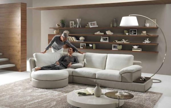 originelle-wohnzimmer-deko-helle-ausstattung-sehr-schön