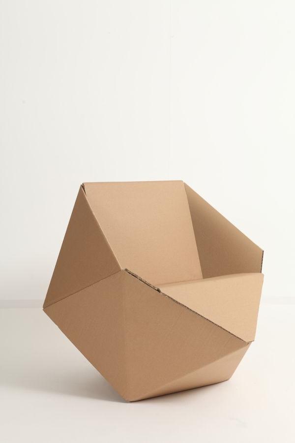 origineller-sessel-aus-karton-pappe-pappe-möbel-sofa-aus-pappe-