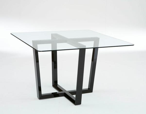 perfekt-aussehender-tisch-aus-glas
