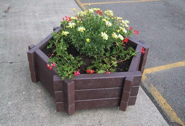 pflanzkübel-mit-schönem-design-schöne-ideen-für-einen-schönen-pflanzkübel-