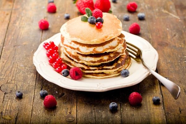 Pfannkuchen mit Obst