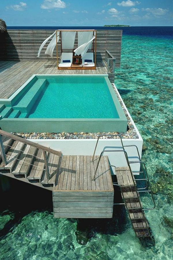pool_urlaub-malediven-reisen- malediven-reise-ideen-für-reisen