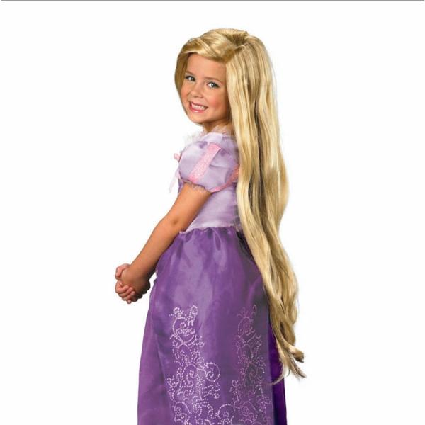 prinzessin-kostüm-für-kind-kleines-mädchen-mit-lila-kleid-und-langen-blonden-haaren