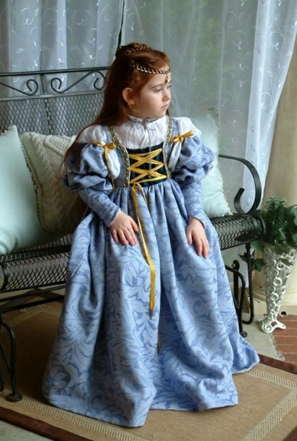 prinzessin-kostüm-für-kind-retro-modell-vom-blauen-großen-kelid