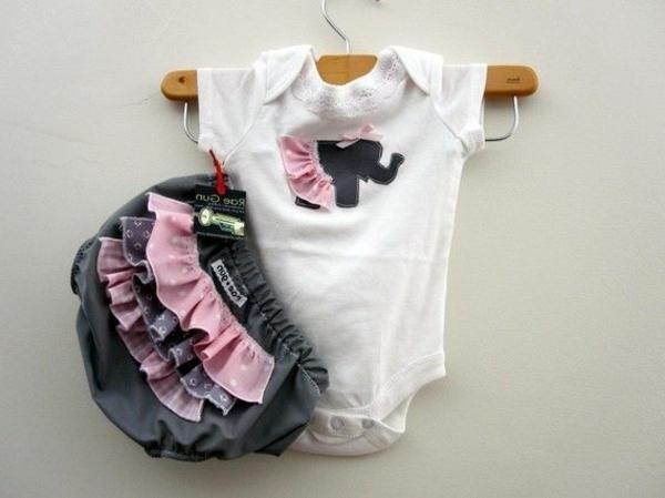 süße-babykleider-baby-kleidung-baby-klamotten-schöne-modelle