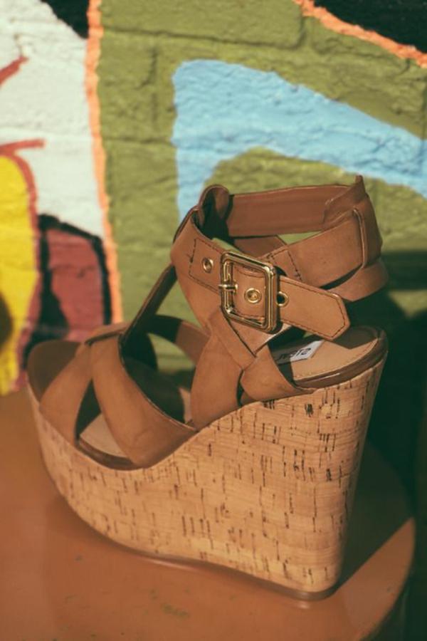 sandalen-keilabsatz-schuhe-wedges-schuhe-keilabsatz-sandalen-braun---
