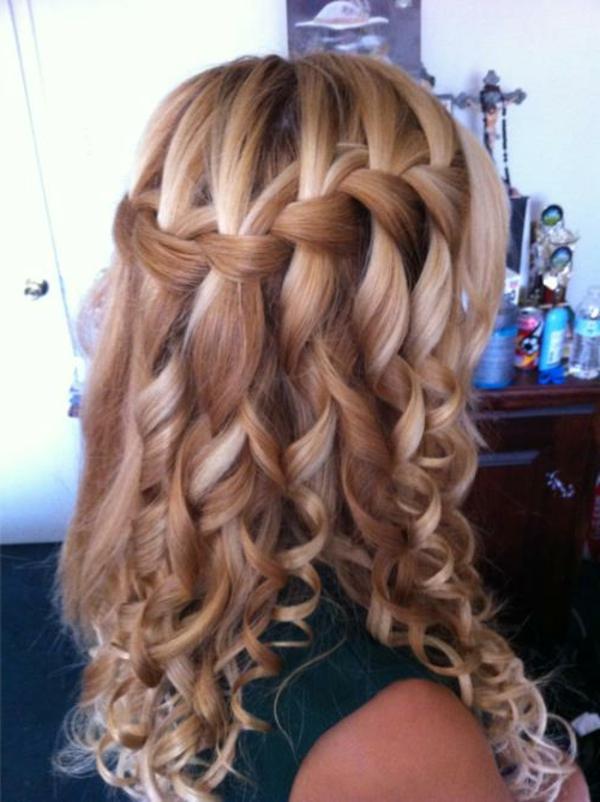 schöne-blonde-lange-haare-locken