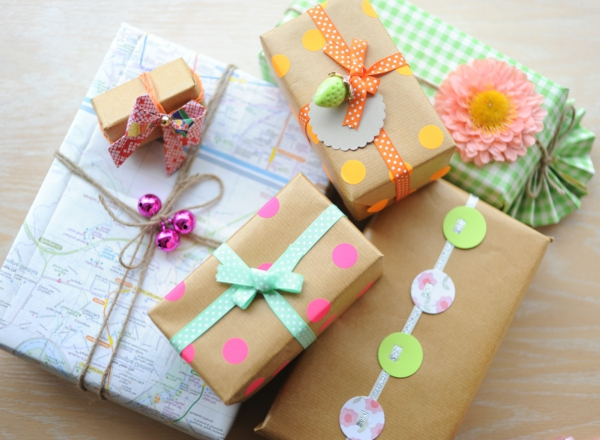 schöne-bunte-verpackungen-verpackungen-basteln-originelle-geschenke-zum-verpacken-geschenke-verpacken