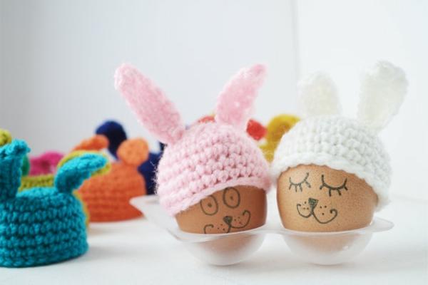 ostereier-mit-schönen-eierwärmer -ideen-häkeln-wunderschöne-kreative-häkeleien -häkeln-lernen-
