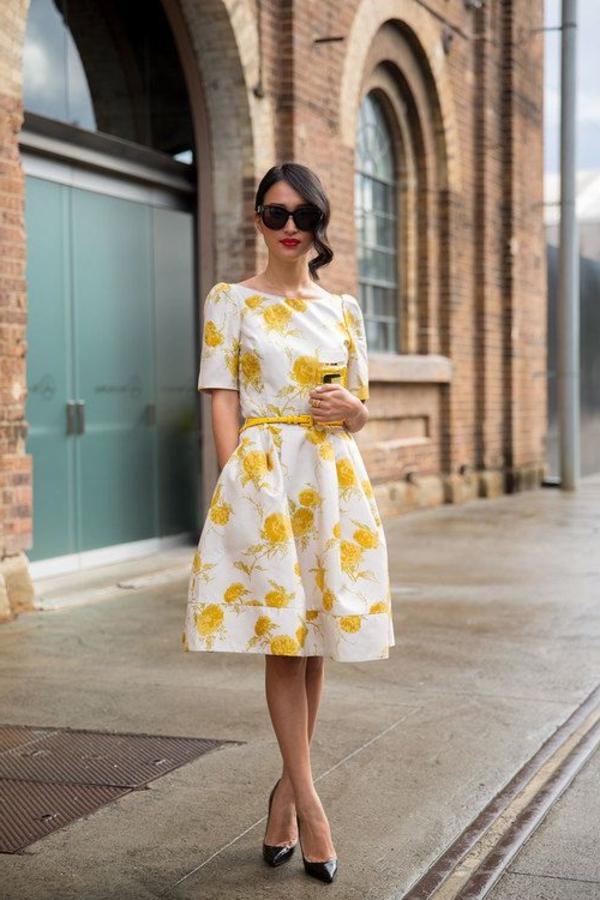 schöne-gelbe-kleider-trendiges-design-moderne-kleider-sommerkleider