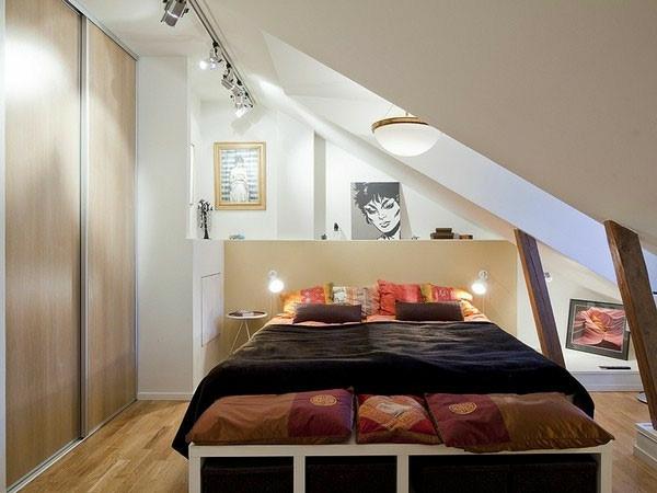schlafzimmer-mit-dachschräge-attraktiv-und-cool-aussehen