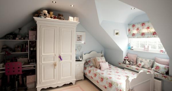 Schlafzimmer Mit Dachschräge Weiße Herrliche Gestaltung