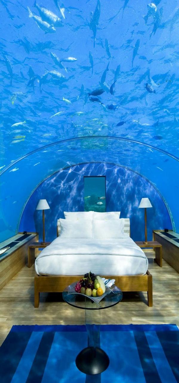 schlafzimmer-unter-dem-wasser
