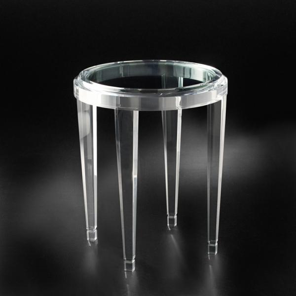 acryl tisch f r eine elegante zimmergestaltung. Black Bedroom Furniture Sets. Home Design Ideas