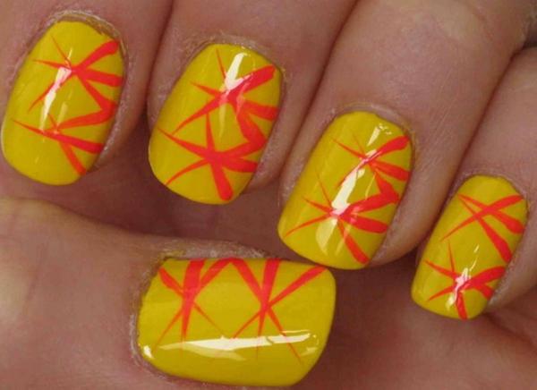 sommer-nageldesign-gelbe-nuancen