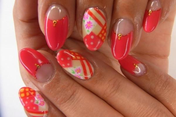 sommer-nageldesign-pfirsich-farbe