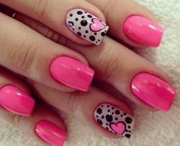 sommer-nageldesign-rosige-farbe