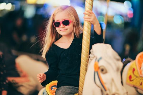 super-kinder-sonnenbrille-kinder-sonnenbrillen-designer-modelle-sonnenbrillen-2014-modische-brillen