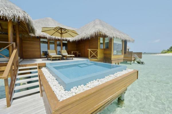 tropisches-villa---urlaub-malediven-reisen- malediven-reise-ideen-für-reisen