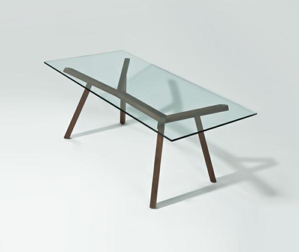 ultramoderne-möbelstücke-ein-glasplatte-tisch-und-weißer-hintergrund